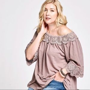 80a1ac71f96 Tops - 🌸Plus size BOHO chic off the shoulder top🌸